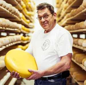 . . . when along came Adam of Mountainoak Cheese to capture the Extra Old Gouda category.